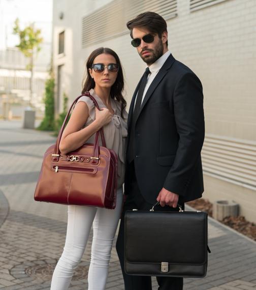 "Czerowna skórzana damska torba na laptopa 15,6"" Oak Grove"
